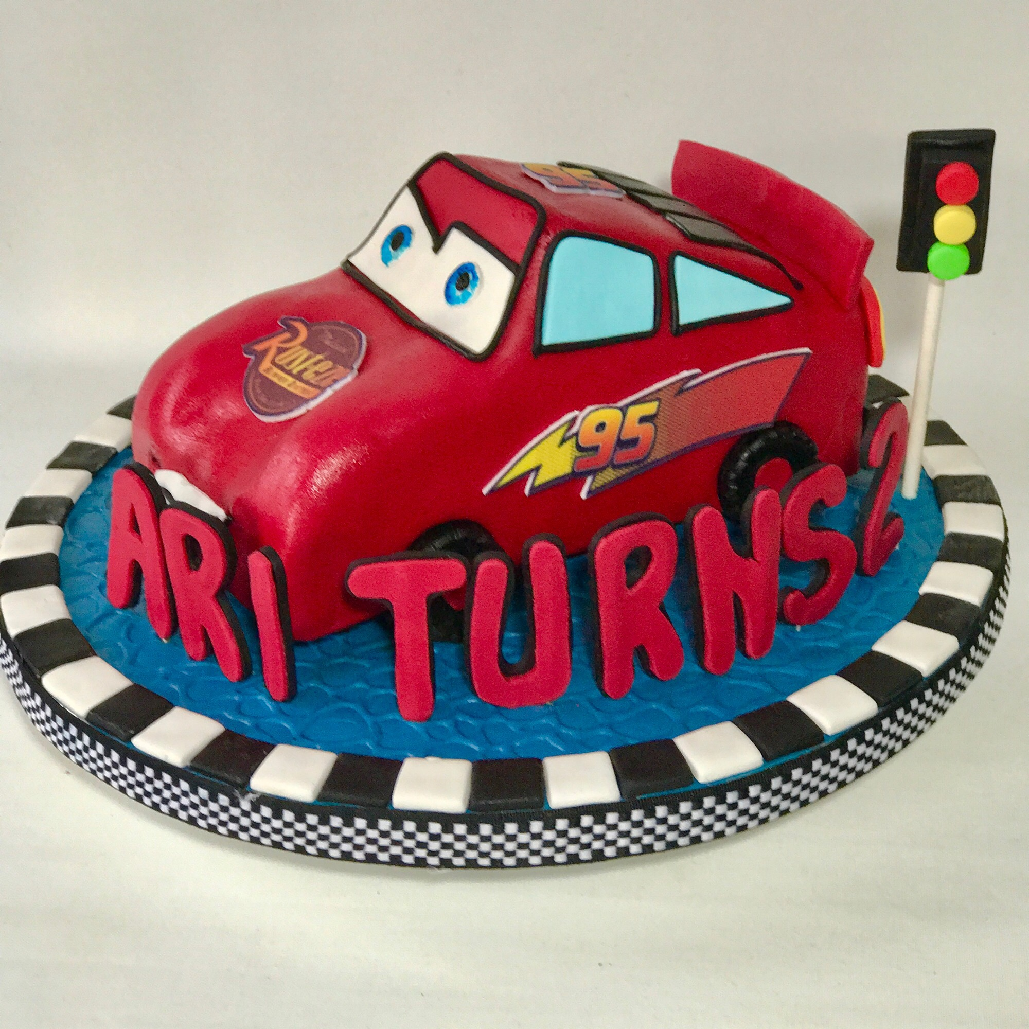 Admirable Lightning Mcqueen Cake Sooperlicious Cakes Personalised Birthday Cards Cominlily Jamesorg